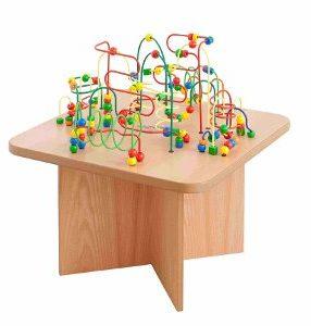 """Kącik dla dzieci """"Stolik kwadrat z przeplatanklami"""""""