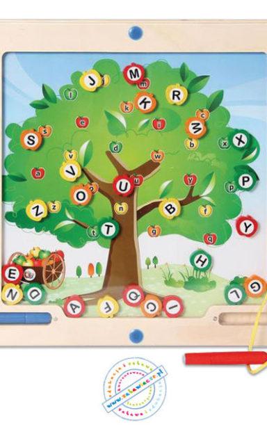 gra_scienna_drzewo_liter